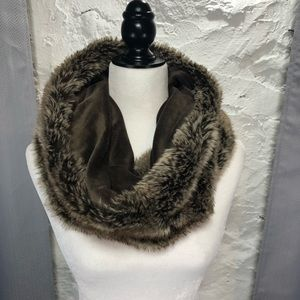 Faux fur cowl / snood / scarf
